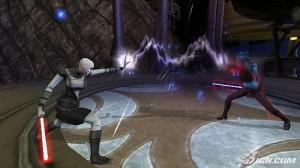 Una Sith intentando detener a la hermosa Aayla Secura