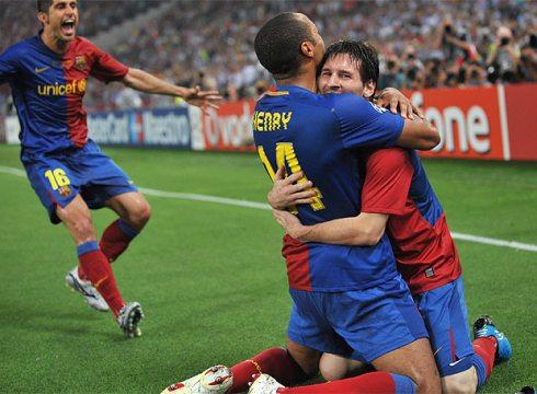Messi_incluso_cabeza